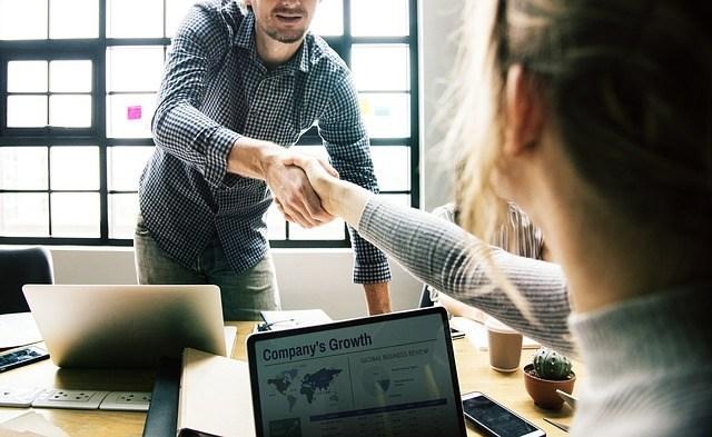 5 formas de alinear el servicio al cliente y el producto