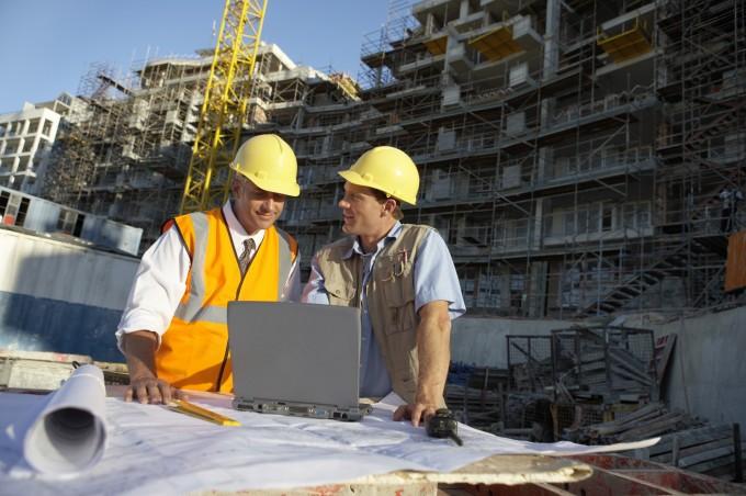 Industria de la construcción: cómo coordinar equipo técnico y obra